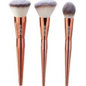 Alamar Cosmetics Complexion Blush Trio of Brushes